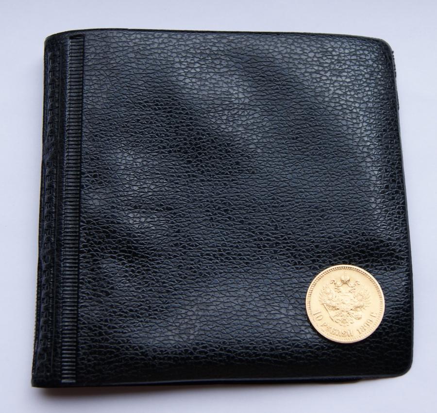 Альбом для монет № 3. Карманный формат. 52 ячейки двух размеров.