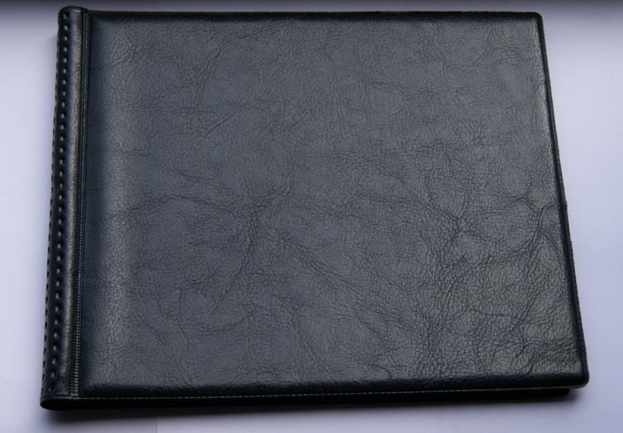Альбом № 4. Средний формат, 8 листов по 20 ячеек 35х35 мм, 160 монет